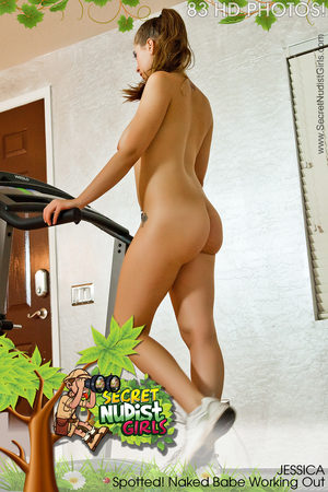 PHOTOSET Jessica Spotted! Naked Babe Working Out